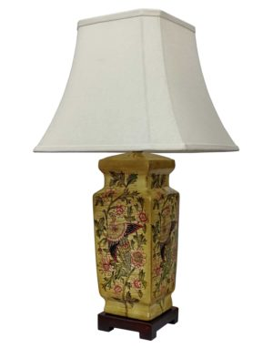 Lianyun Chinese Porcelain Lamp